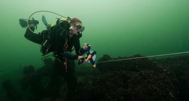 Taucher werden zu Archäologen – Seminar auf dem Meeresgrund