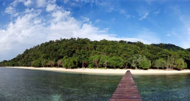 Tauchurlaub á la Robinson Crusoe im Inselparadies Indonesien