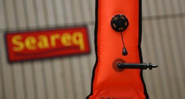 Seareq präsentiert neue Taucherboje mit Halterung für ENOS-Sender