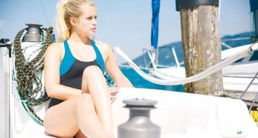 Camaro präsentiert Damen-Bademode, die im Wasser für Wärme sorgt