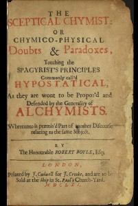 """Titelseite des """"The Sceptical Chymist"""" (1661) von Robert Boyle. (Fotos: Wikipedia)"""