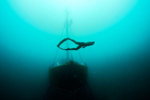 """Jonas Krahn unter Wasser: """" (Foto: Benjamin Bartoli)"""