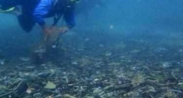 Umweltaktivisten prangern Müllmassen vor Phukets Küsten an
