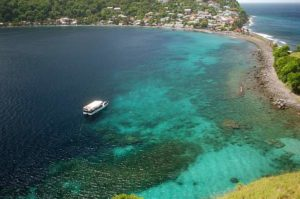 Dominica-Diveboat